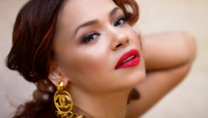Faith Evans Widescreen