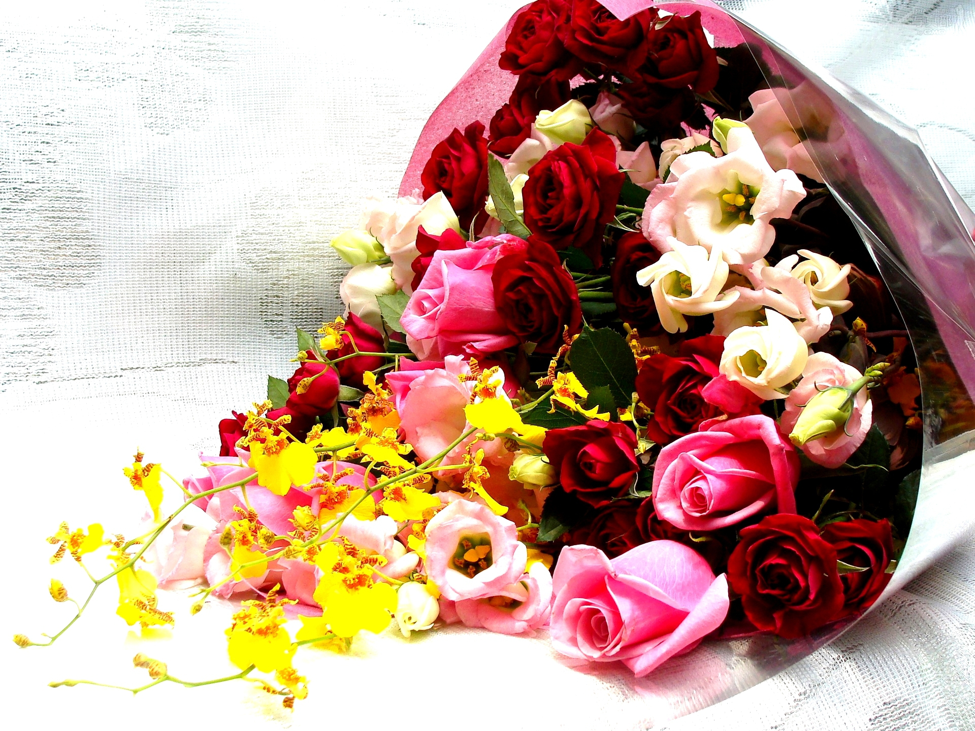 Flower Bouquet Desktop