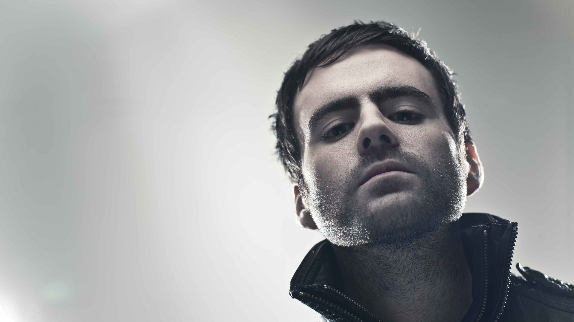 Gareth Emery Pictures