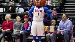 Grand Rapids Drive Widescreen