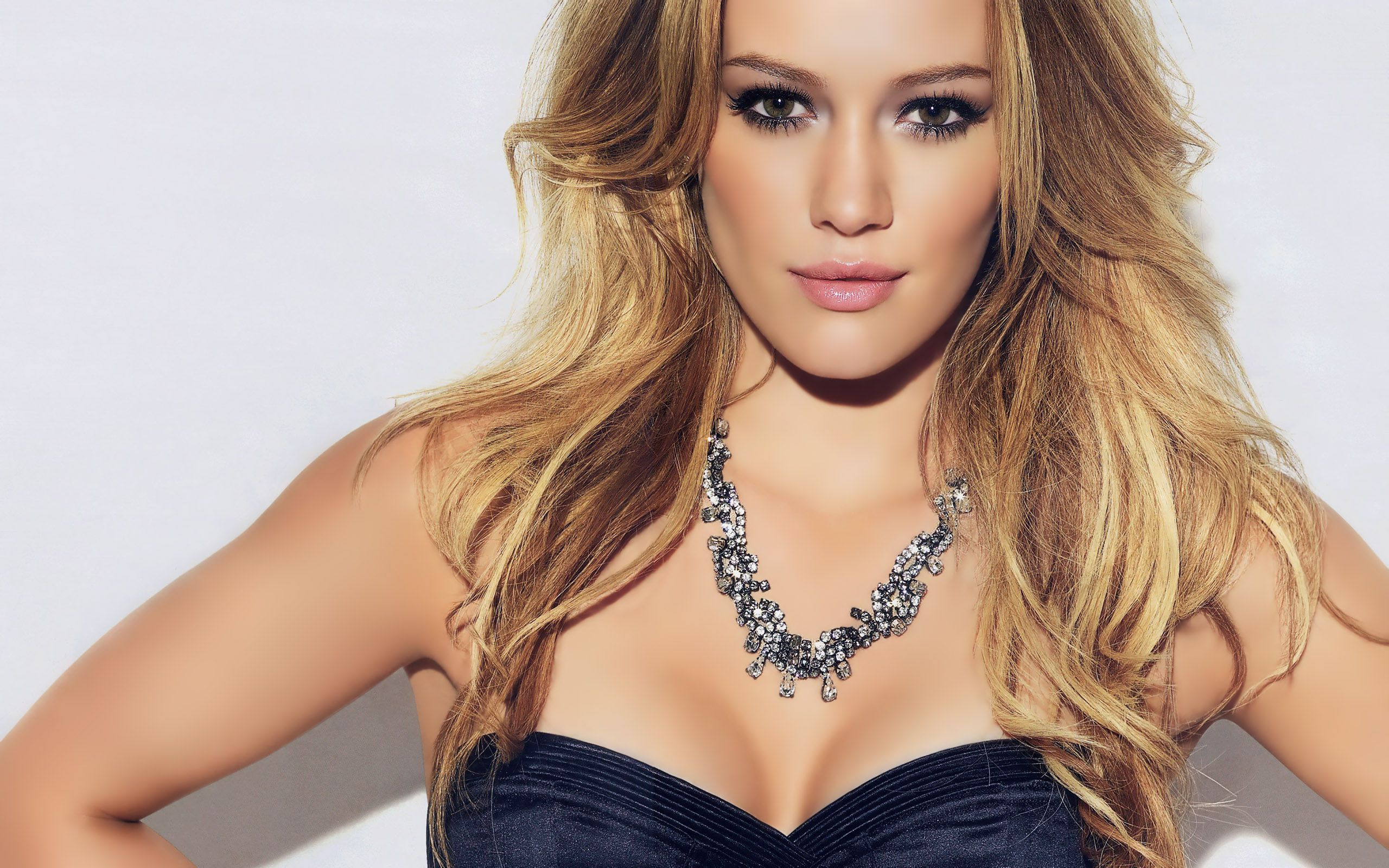 Hilary Duff Hd Wallpaper