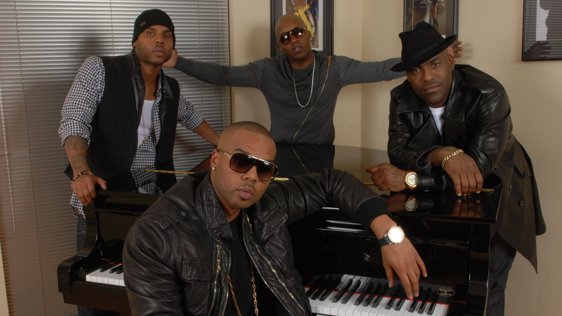 Jagged Edge Images