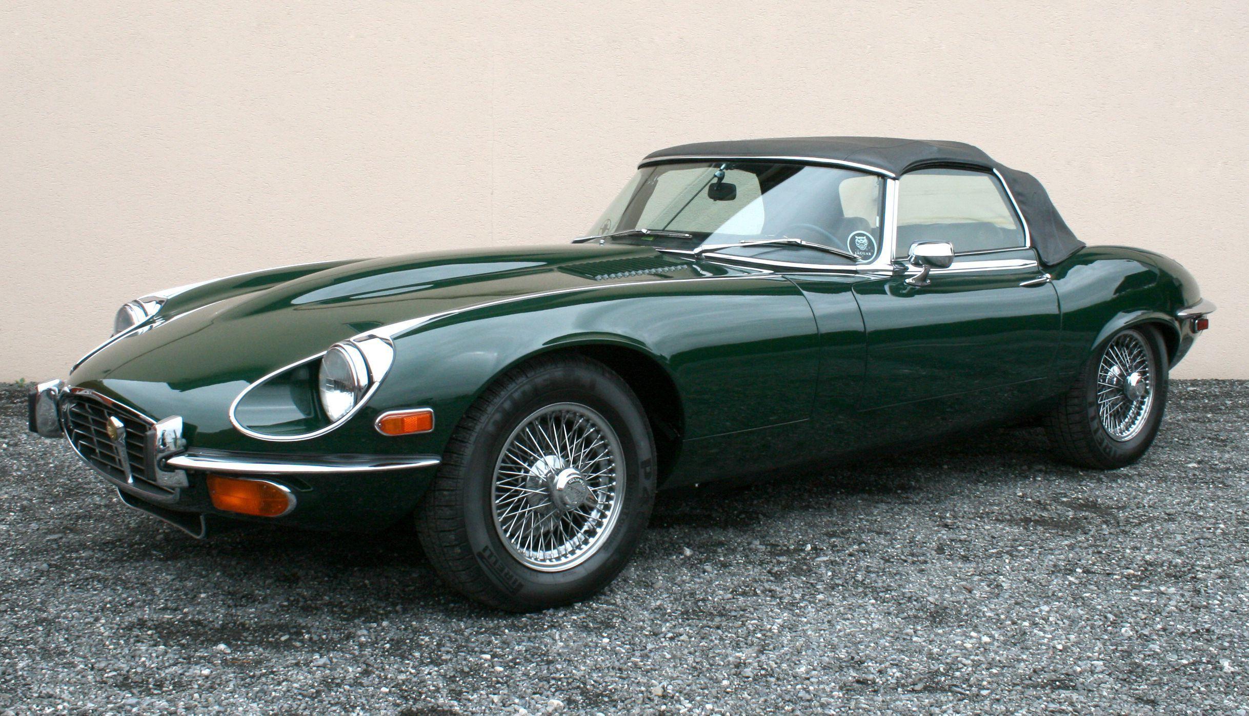 Jaguar E Type Desktop