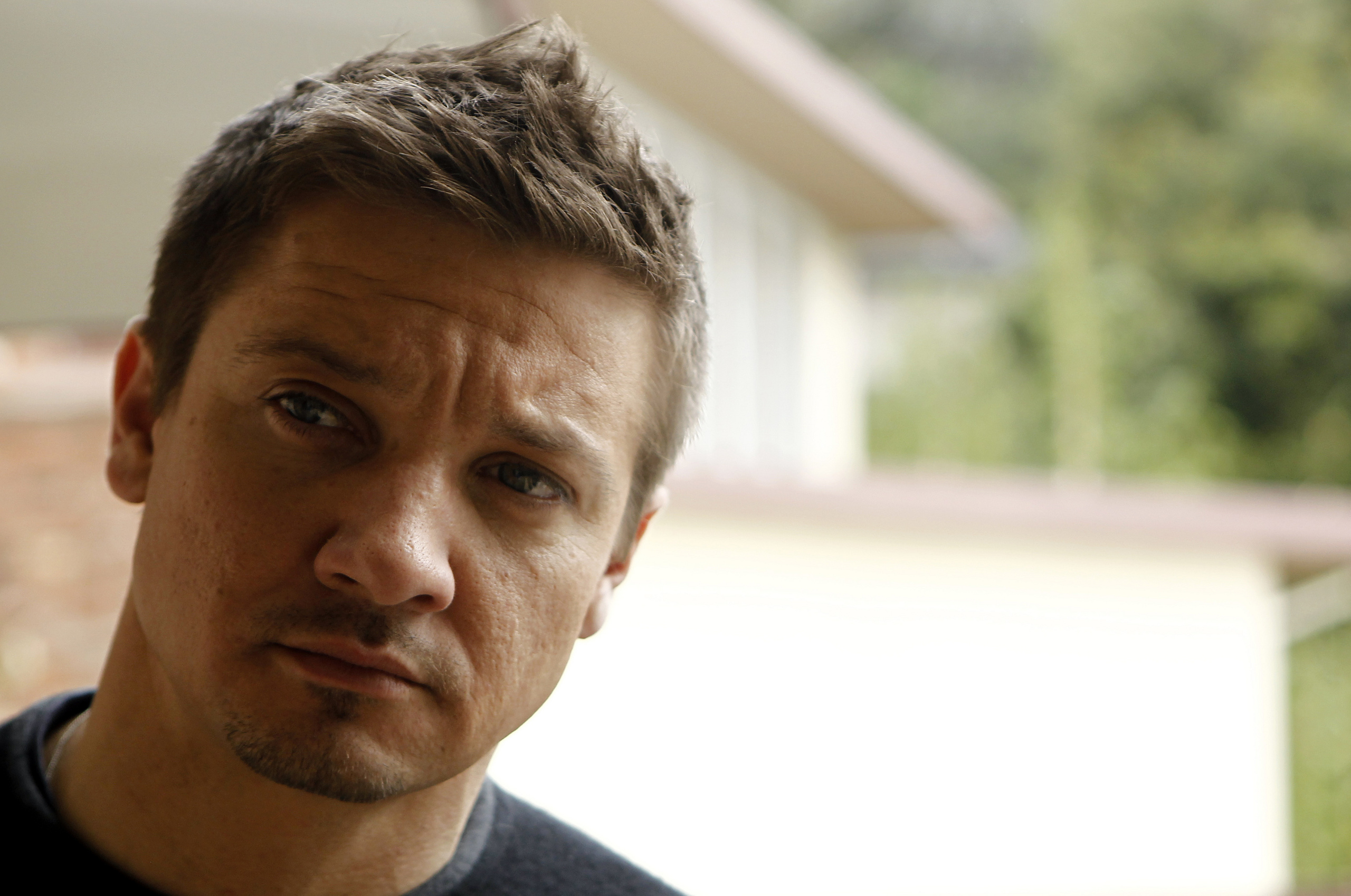 Jeremy Renner High Quality Wallpapers