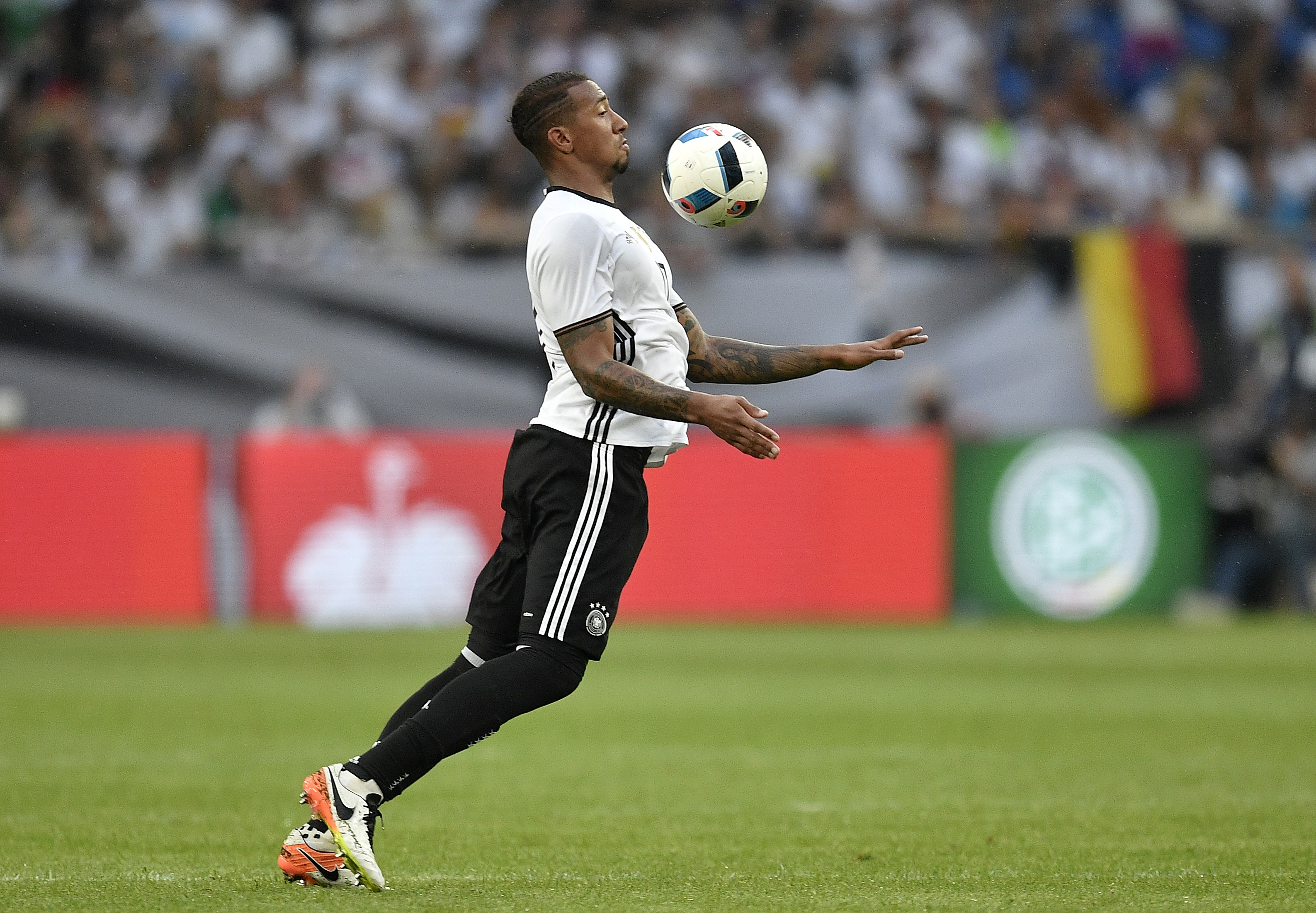 Jerome Boateng Pictures