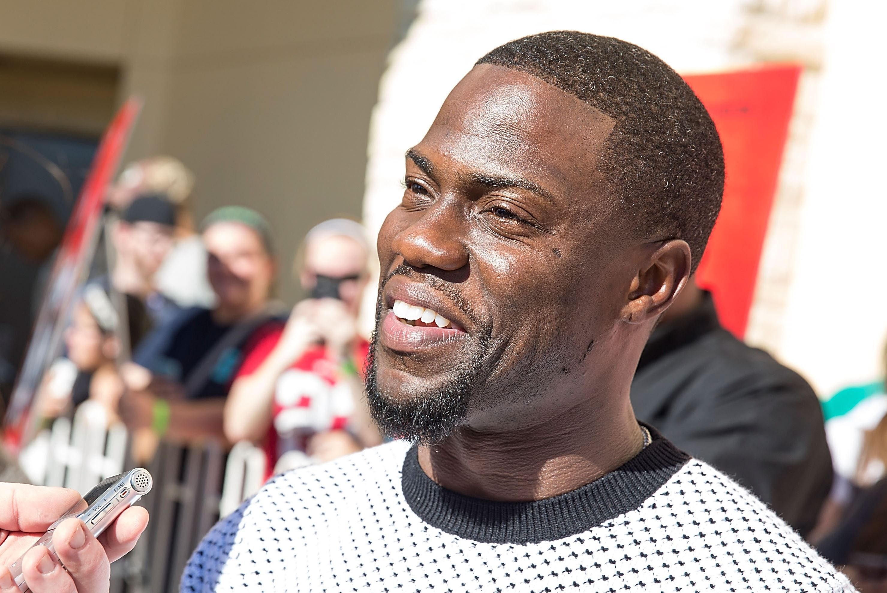 Kevin Hart High Definition Wallpapers