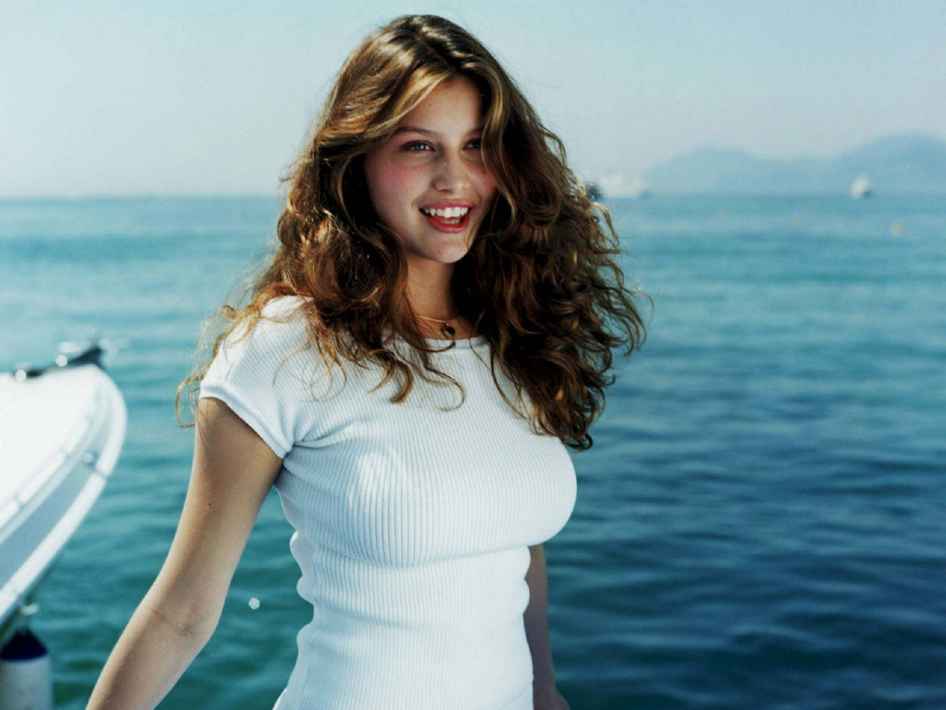 Laetitia Casta Widescreen