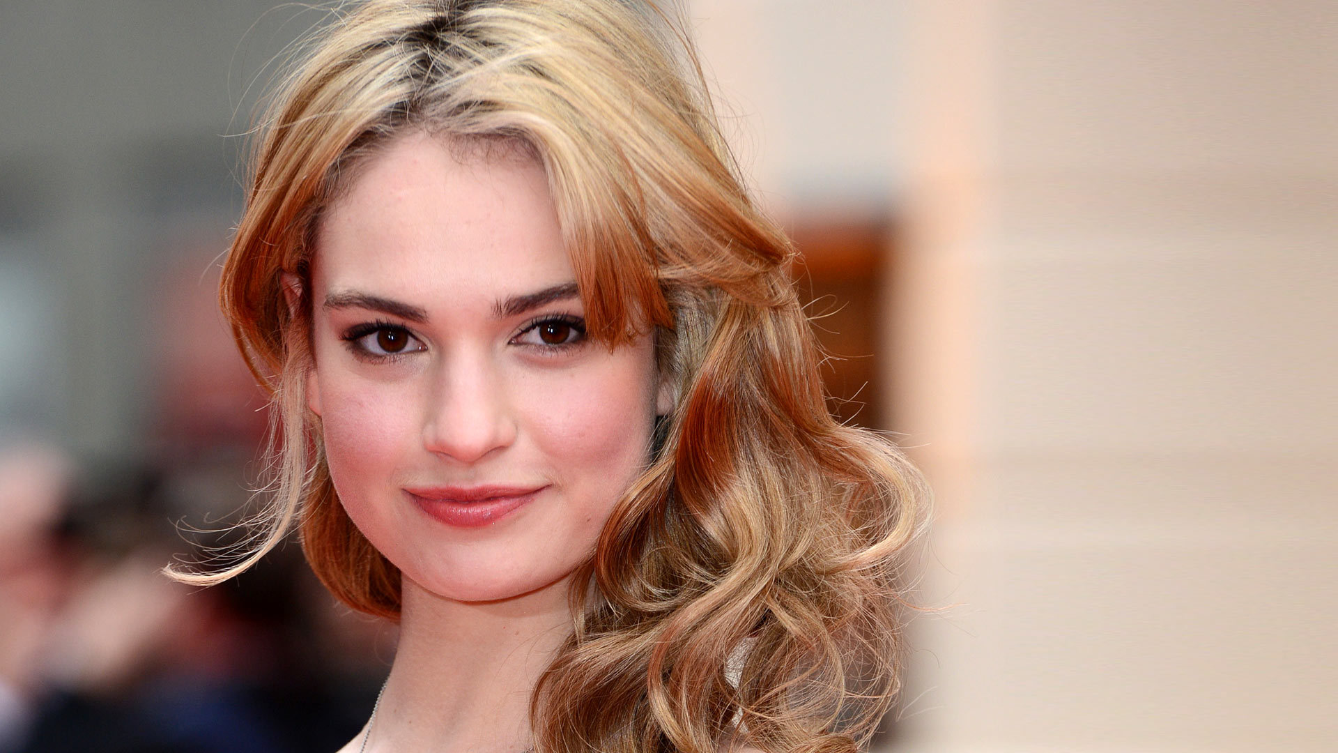 Lily James High Quality Wallpapers