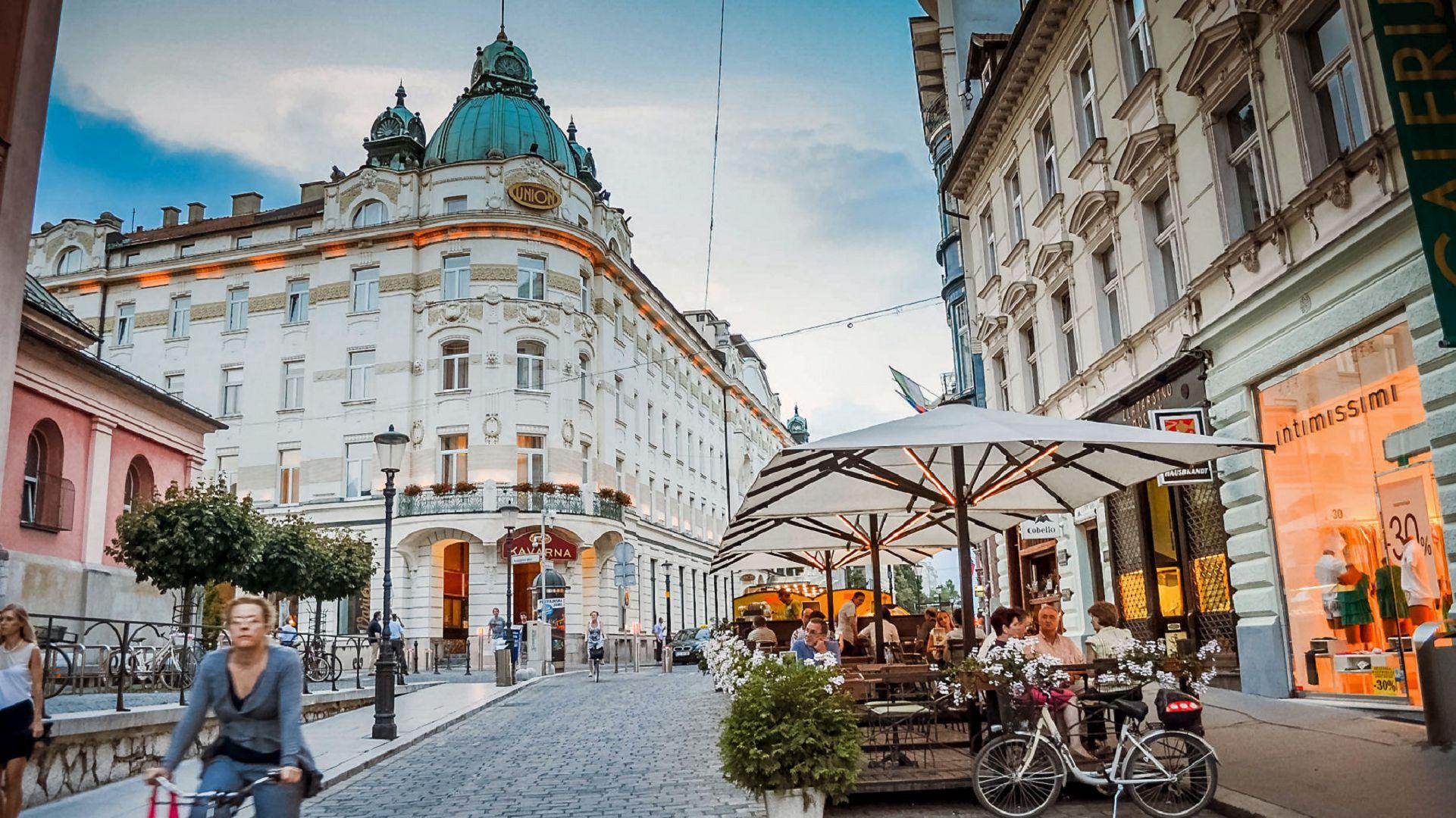Ljubljana Background