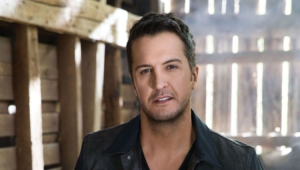 Luke Bryan Background