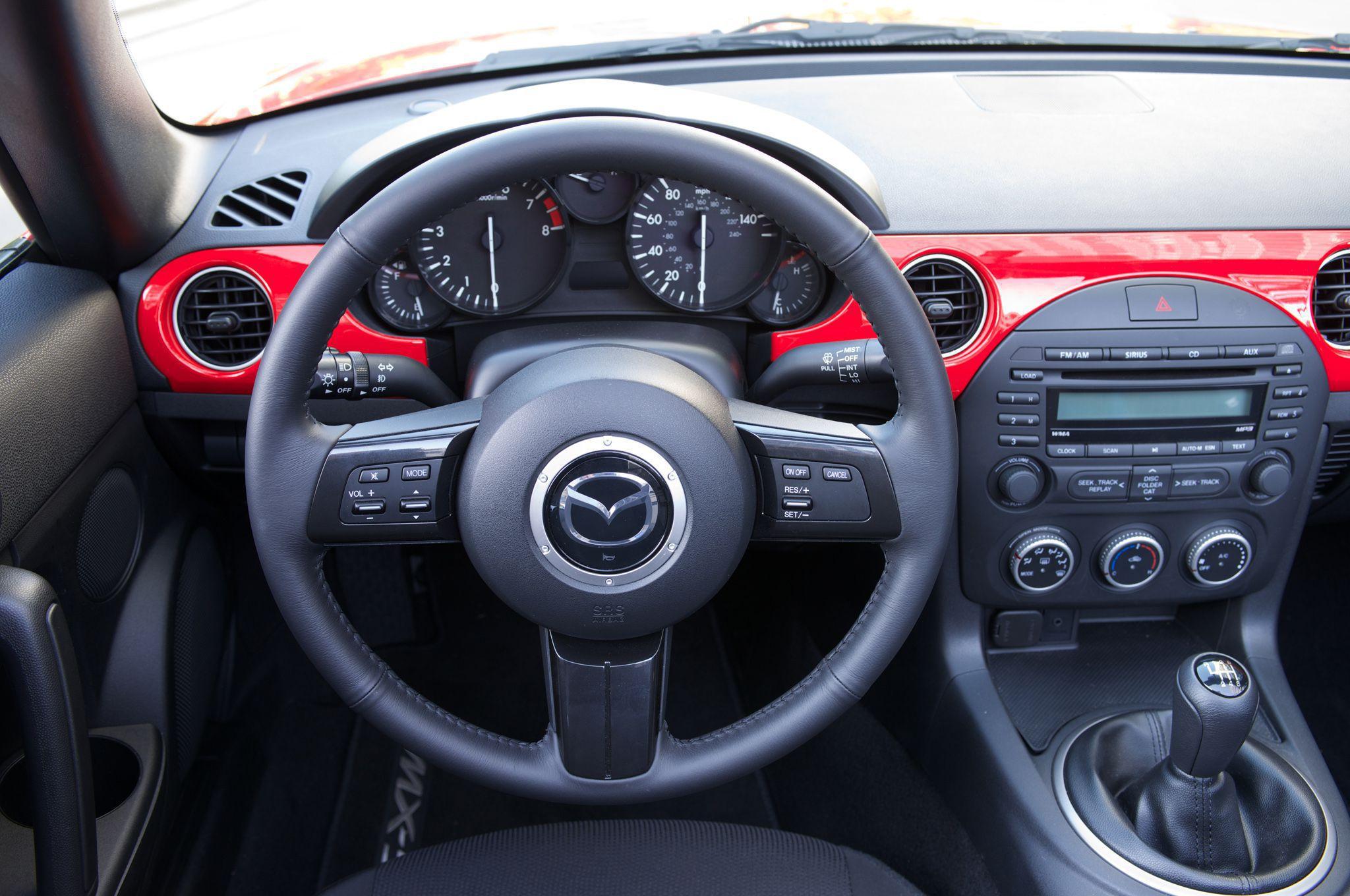 Mazda Miata Pictures