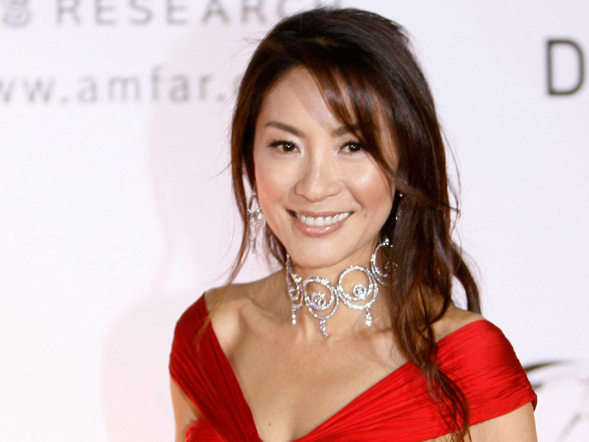 Michelle Yeoh For Desktop