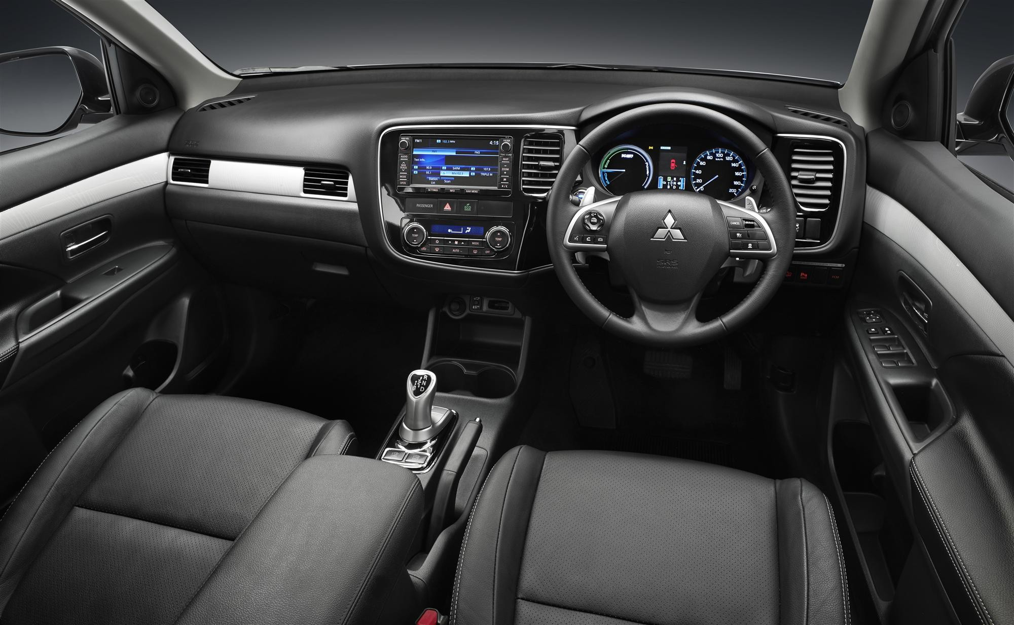 Mitsubishi Outlander Phev Wallpapers