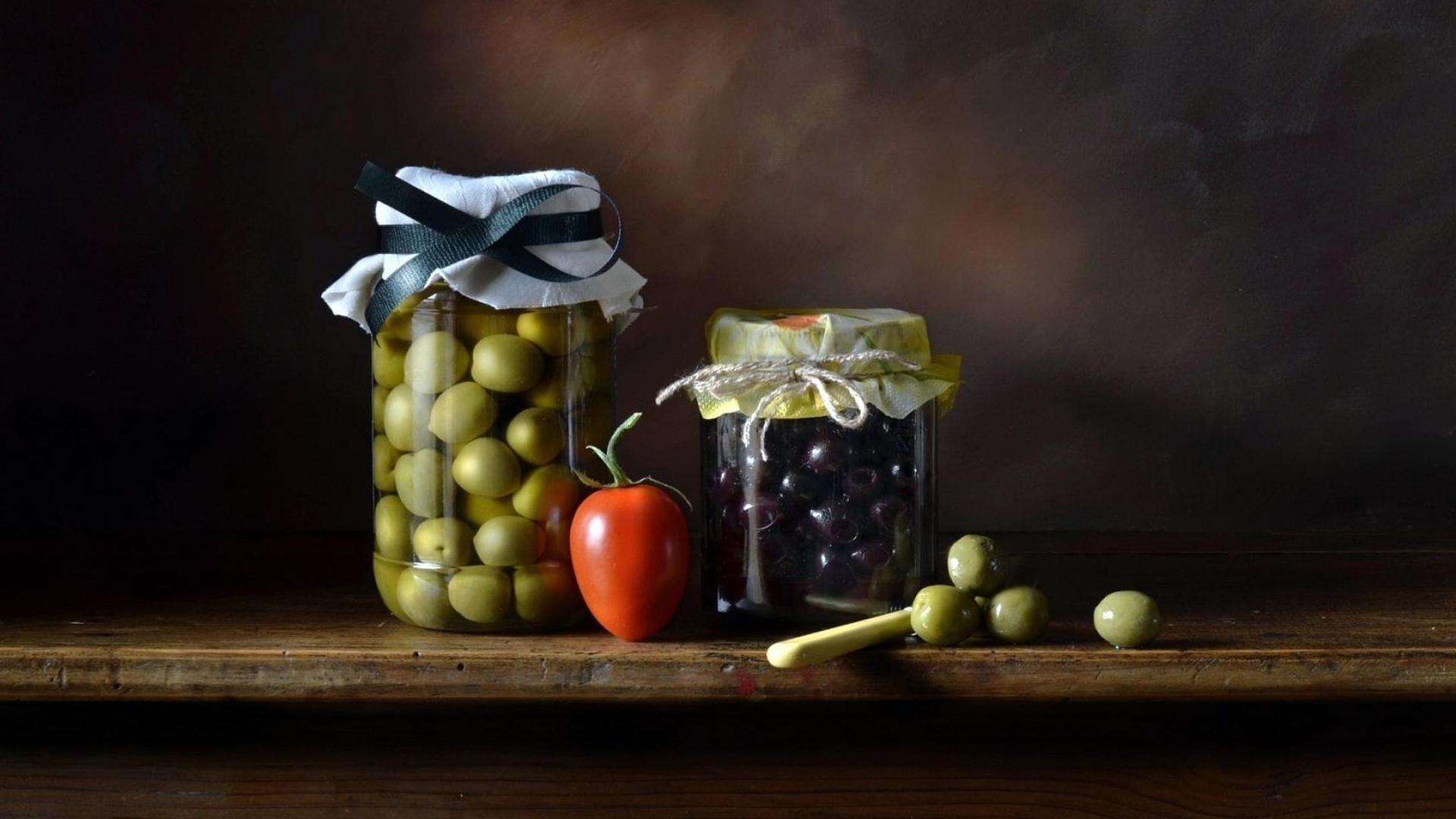 Olives Wallpaper