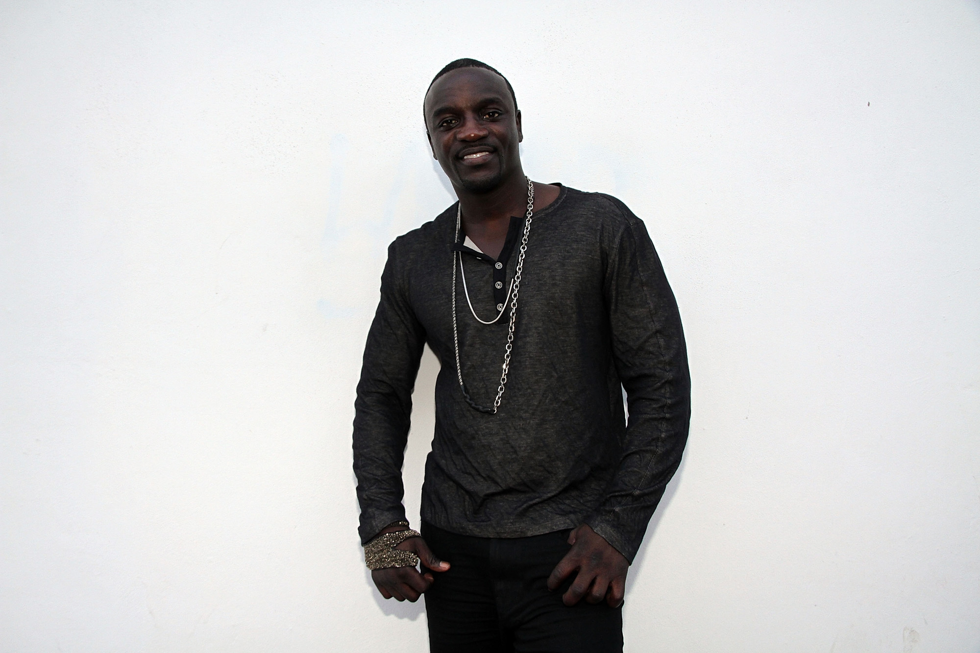 Pictures Of Akon