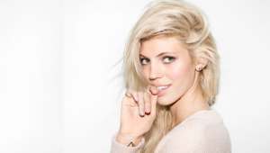 Pictures Of Devon Windsor