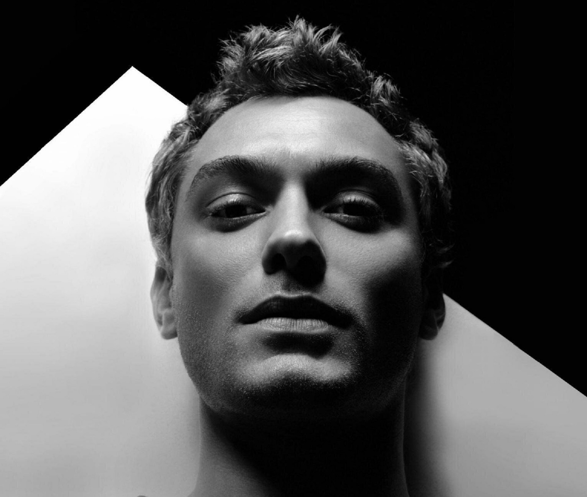 Pictures Of Jude Law