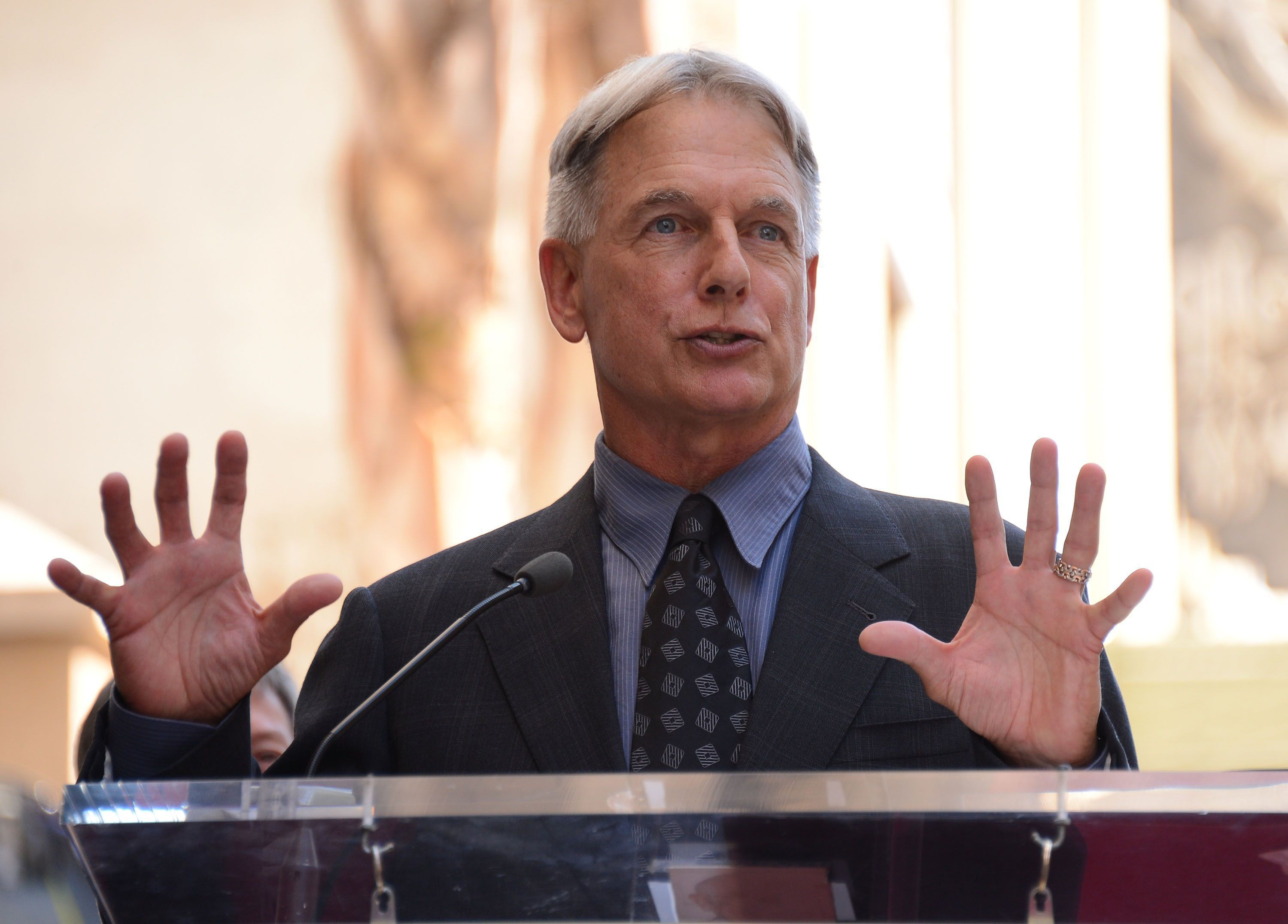 Pictures Of Mark Harmon