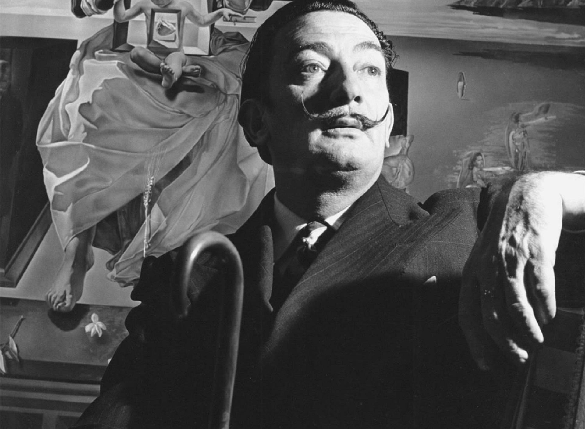 Salvador Dali Widescreen