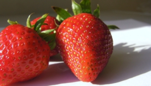 Strawberry Desktop Wallpaper