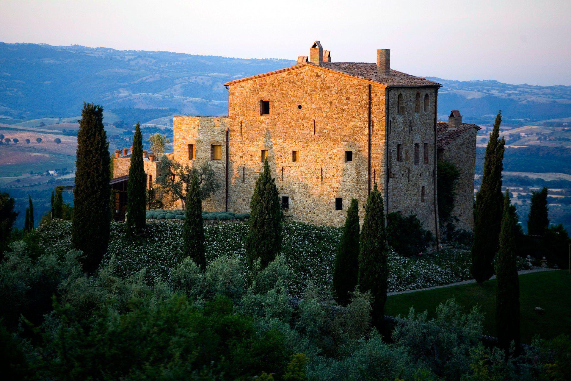 Tuscany Computer Wallpaper