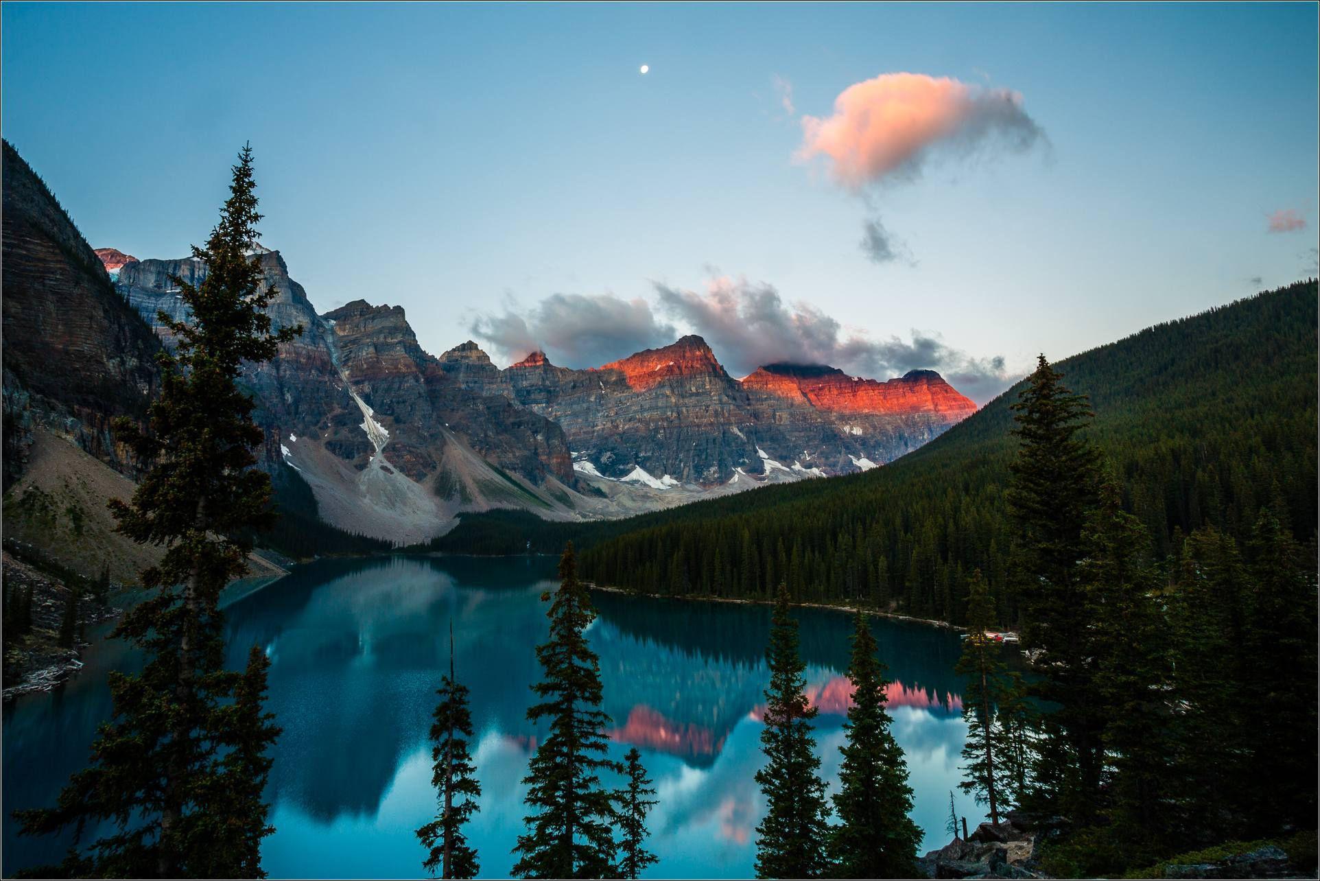 Valley Of Ten Peaks Hd