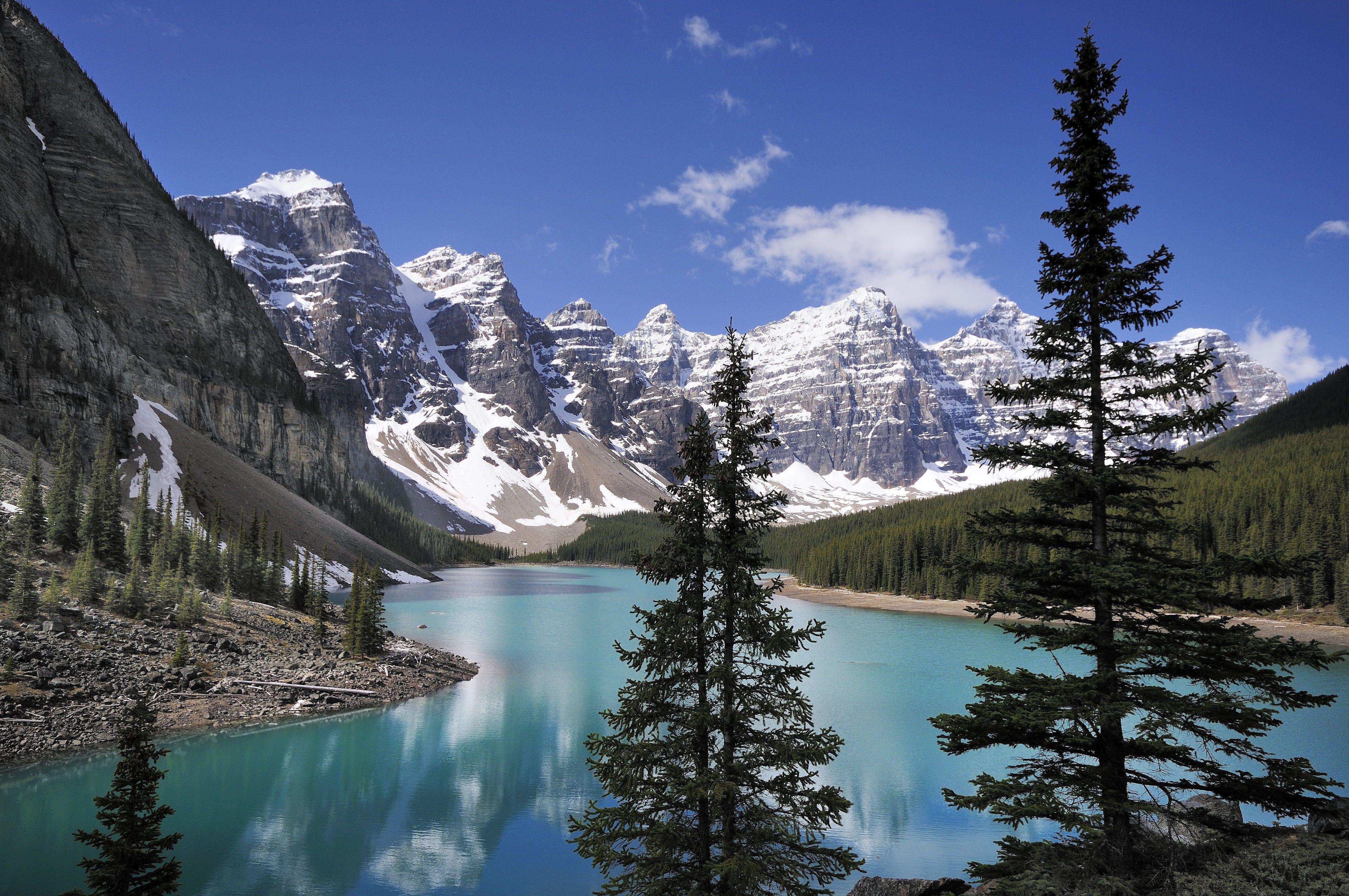 Valley Of Ten Peaks Pictures
