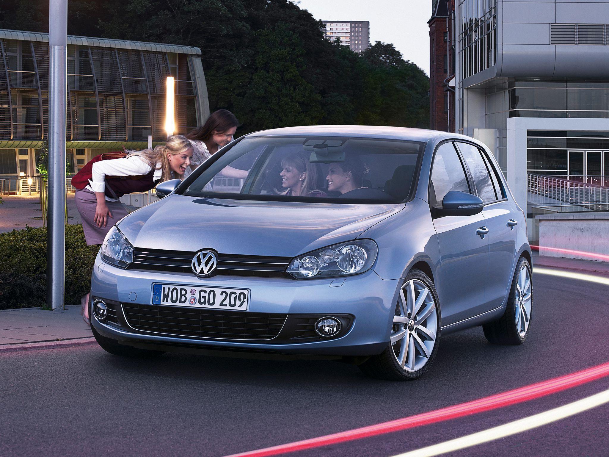 Volkswagen Golf For Desktop