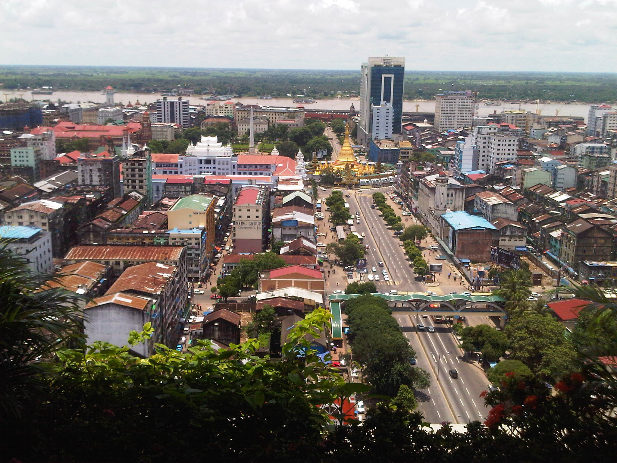 Yangon Widescreen