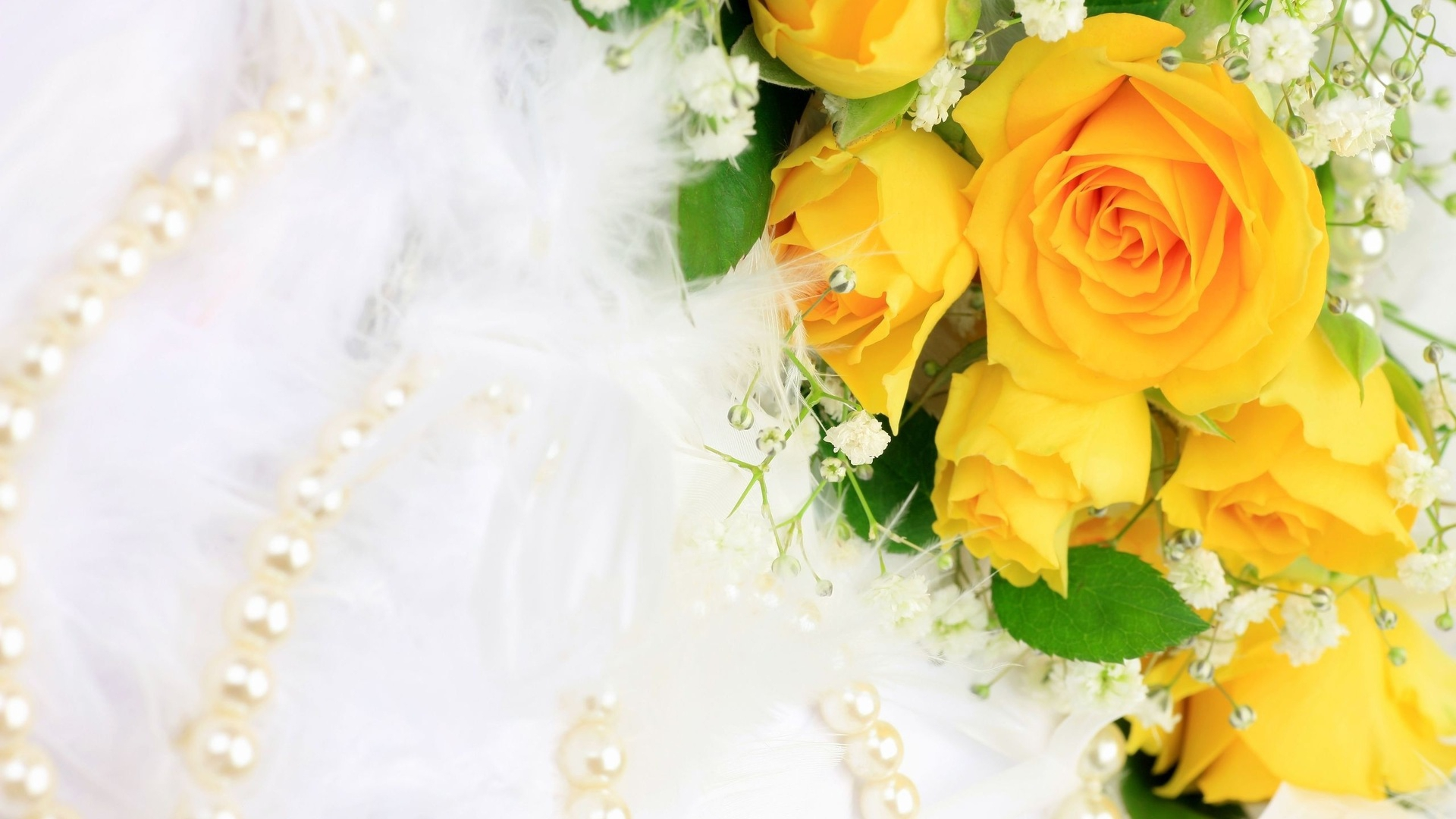 White And Yellow Floral Wallpaper