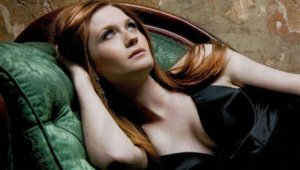 Bonnie Wright Photos