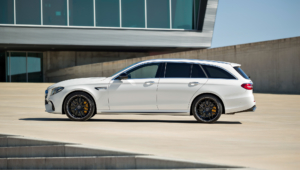 Mercedes AMG E 63 Widescreen