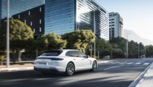 Porsche Panamera Sport Turismo HD Desktop