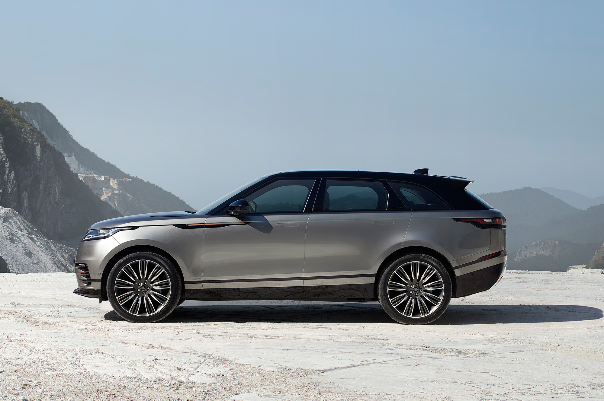 Range Rover Velar For Desktop Background