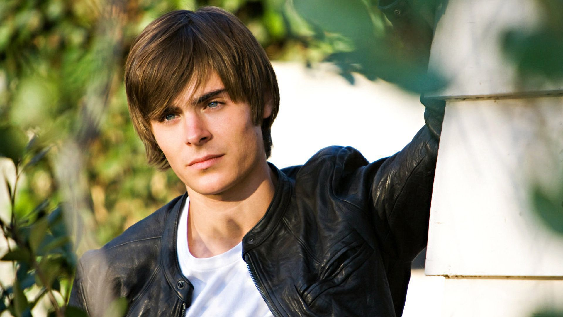 17 Again High Definition Wallpapers
