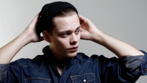 Bill Skarsgard Widescreen