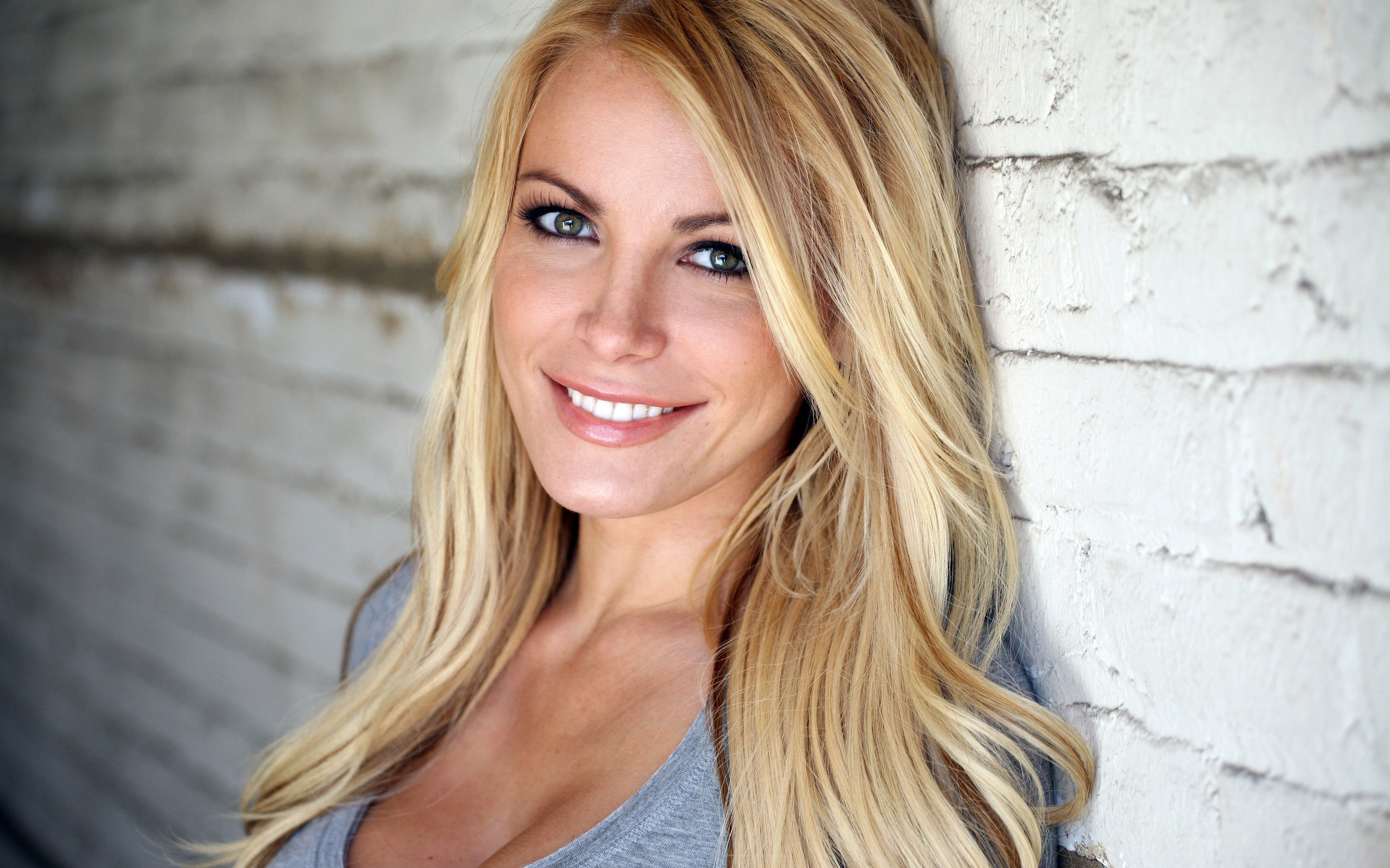Pictures Of Crystal Harris