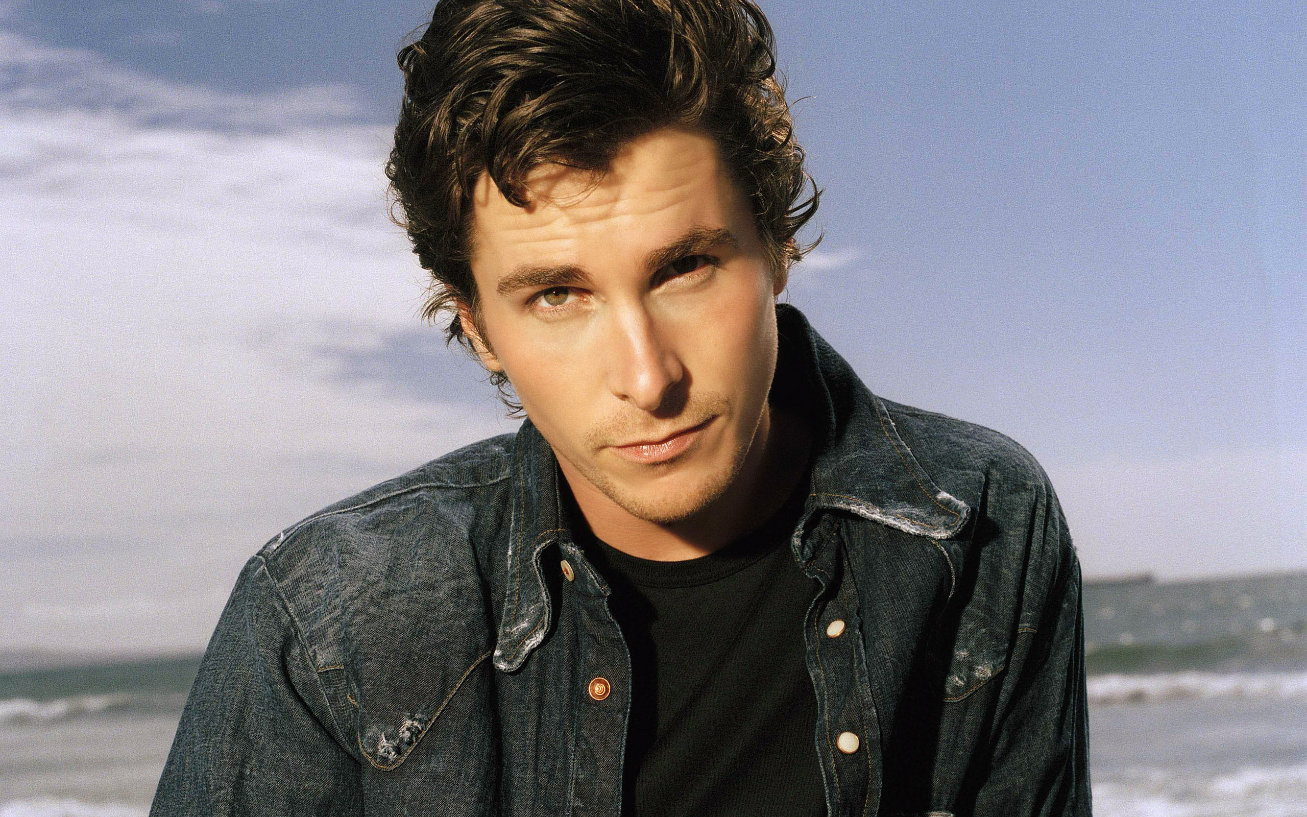 Christian Bale Widescreen