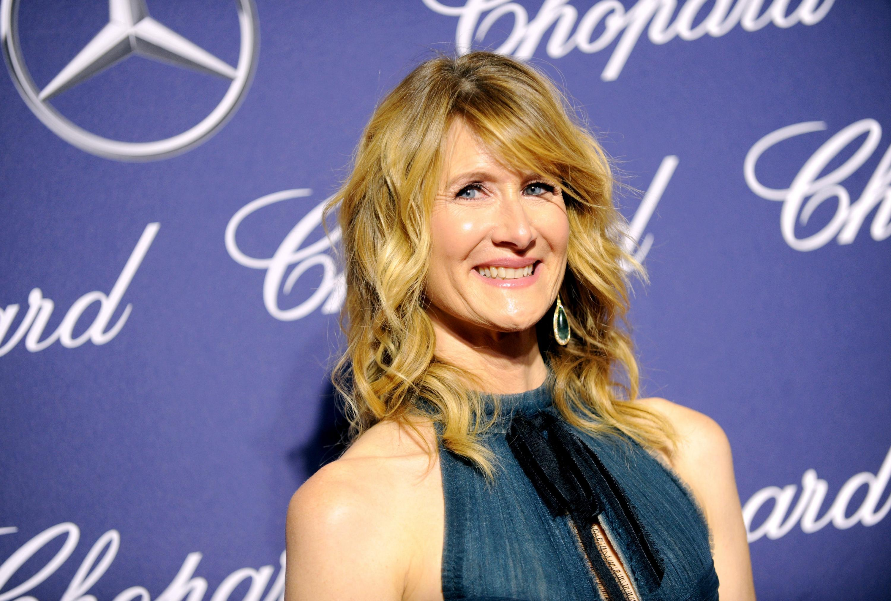 Laura Dern Wallpapers