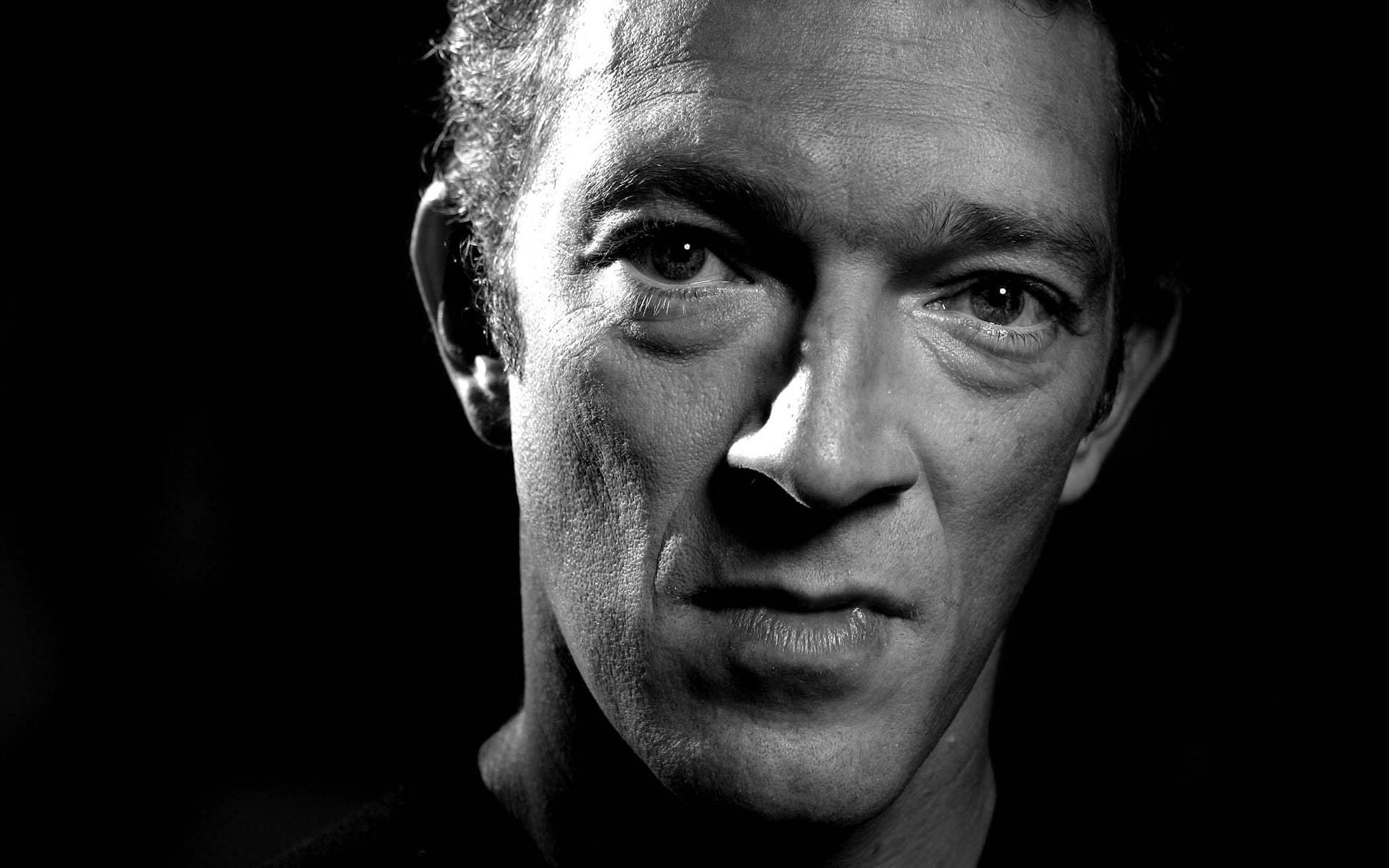Vincent Cassel Wallpapers Images Photos Pictures Backgrounds