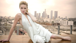 Amber Heard For Desktop