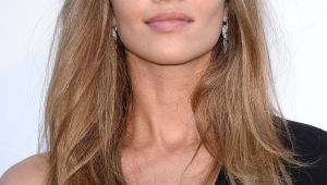 Ana Beatriz Barros Free Download Wallpaper For Mobile