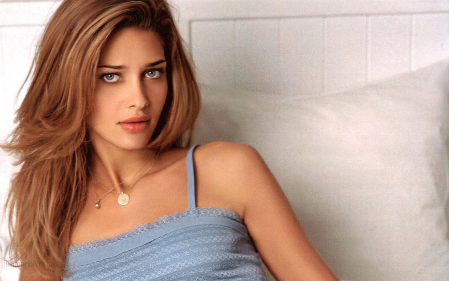 Ana Beatriz Barross Leaked Cell Phone Pictures
