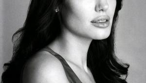 Angelina Jolie Desktop For Iphone