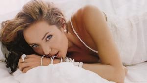 Angelina Jolie HD Wallpaper