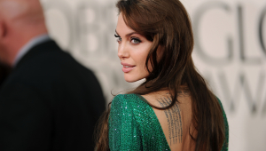 Angelina Jolie Sexy Wallpapers