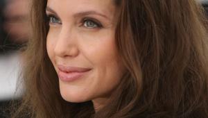 Angelina Jolie Iphone HD Wallpaper
