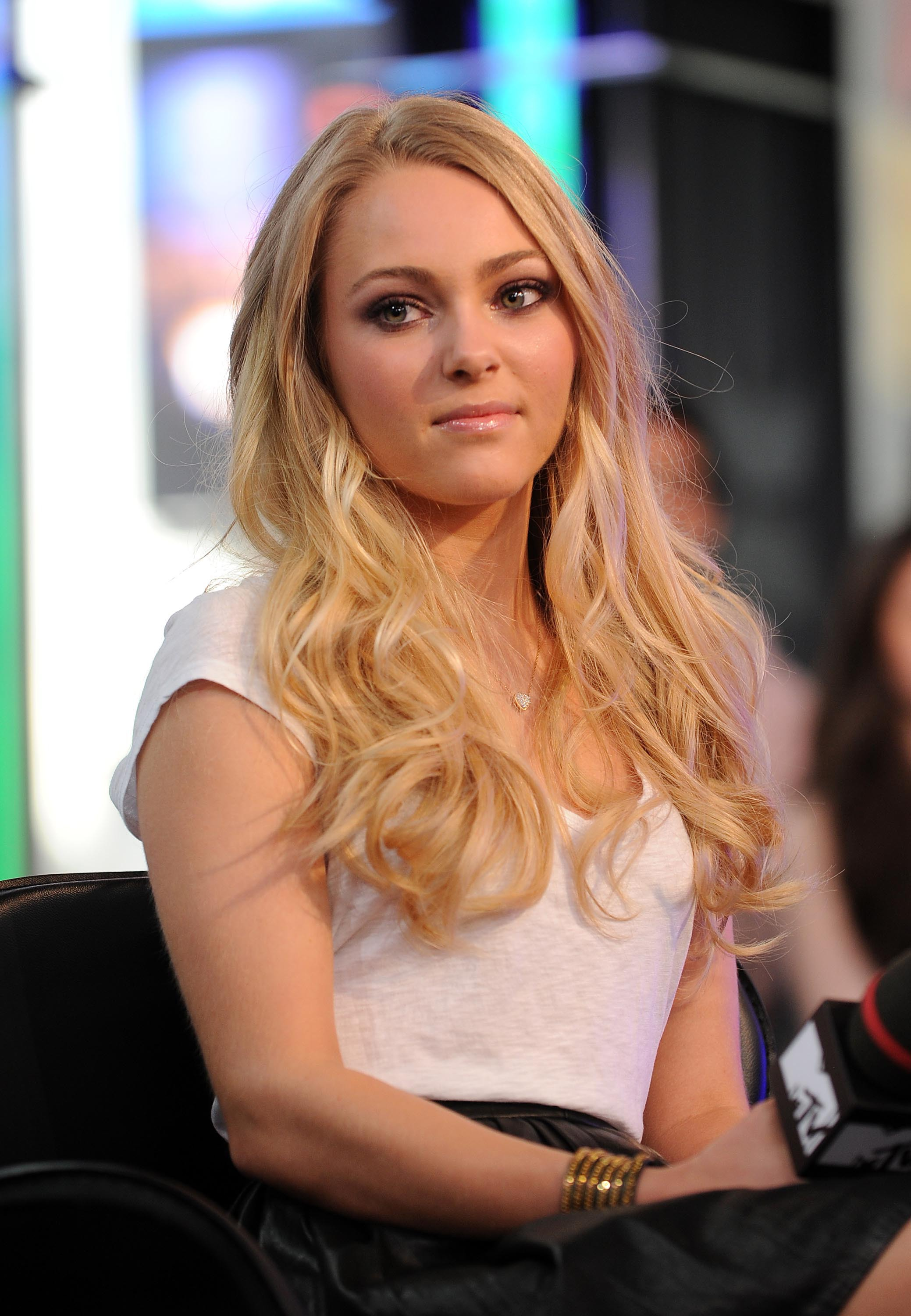 Will always anna sophia robb upskirt love the