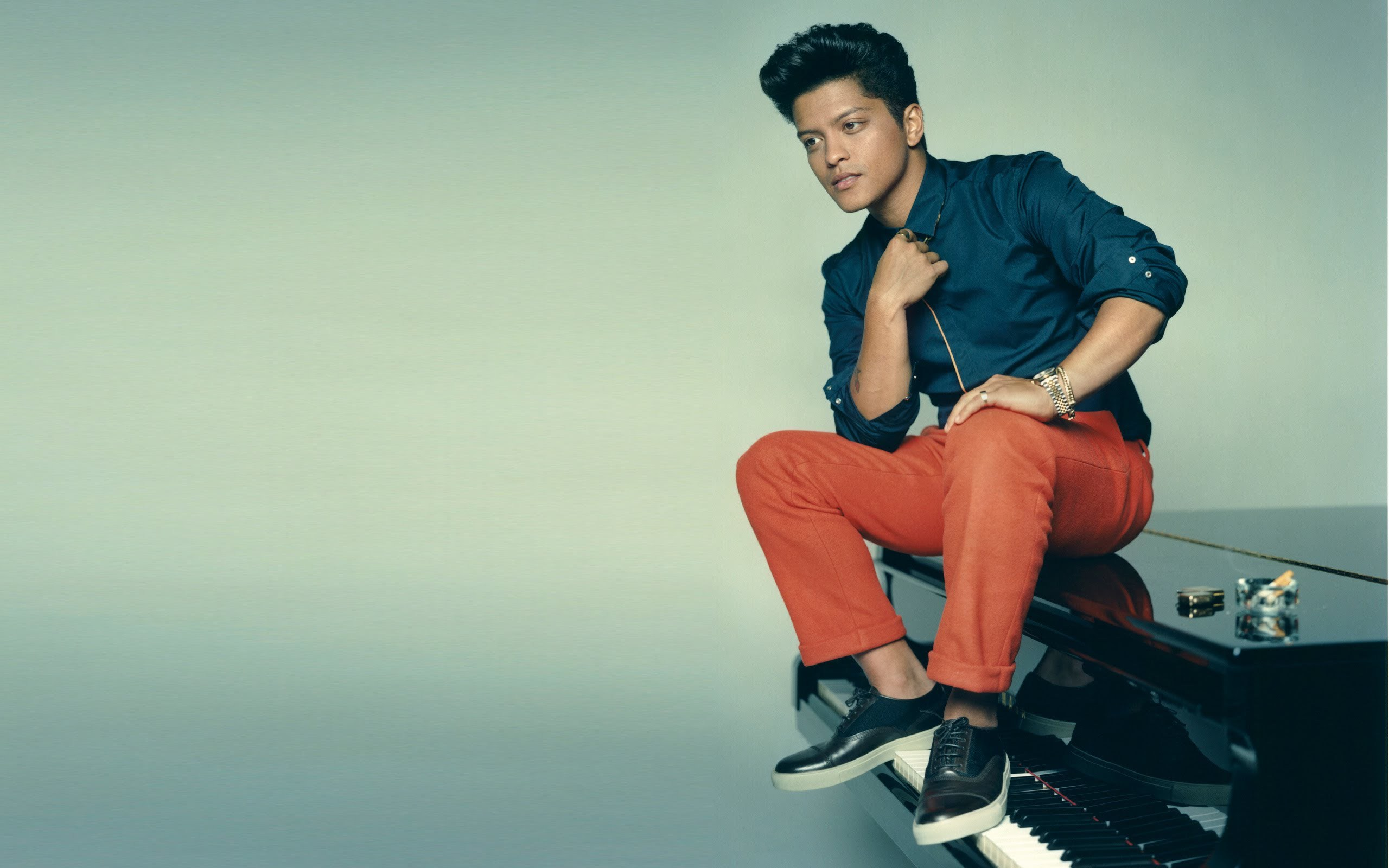 Bruno Mars Wallpapers HD Free Download