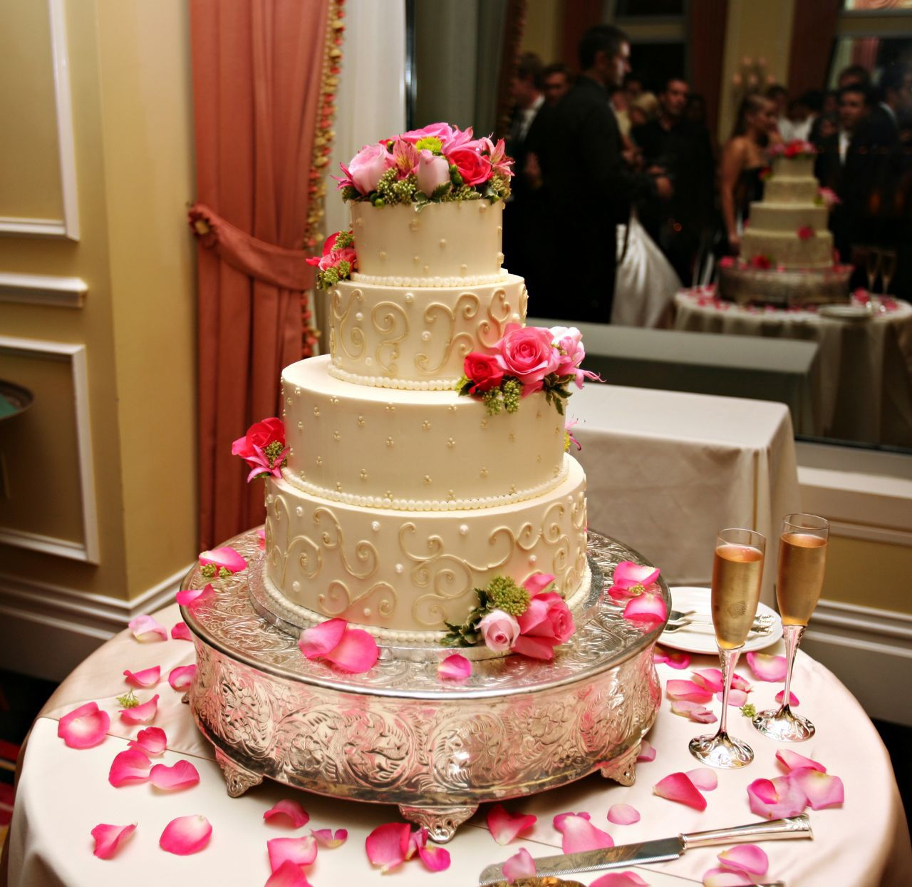 Fun Wedding Cake Ideas: Wedding Cakes Images Pictures Idea Wallpapers